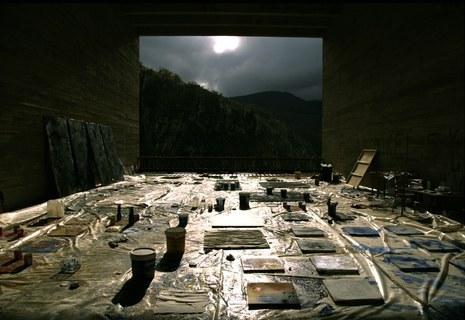 César Barrioren egoitza artistikoa ezagutzeko ate irekien ekitaldia Arantzazuko «Katedraletan»
