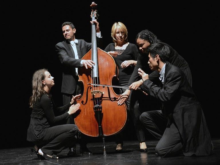 """Musikegunak: Orquesta de Cámara de Empordá """"Con cierto desconcierto"""""""