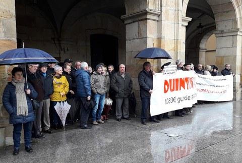Oñatiko pentsionistek bat egin dute Gasteizen hilaren 28rako egingo den protestarekin