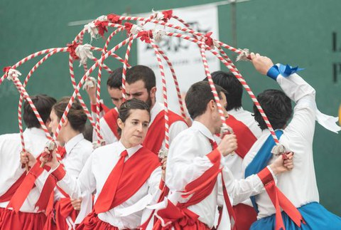 Valladolideko Euskal Jaian parte hartuko du Oñatz dantza taldeak asteburuan