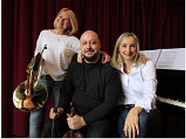 Musikegunak: Bay trio